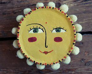 irene-yellow-mask